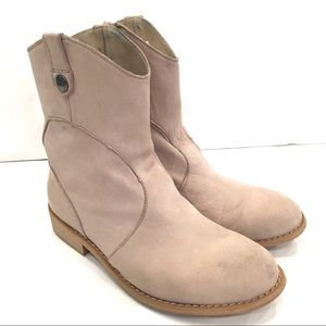 EMU Ladies Western Style Boots size 8